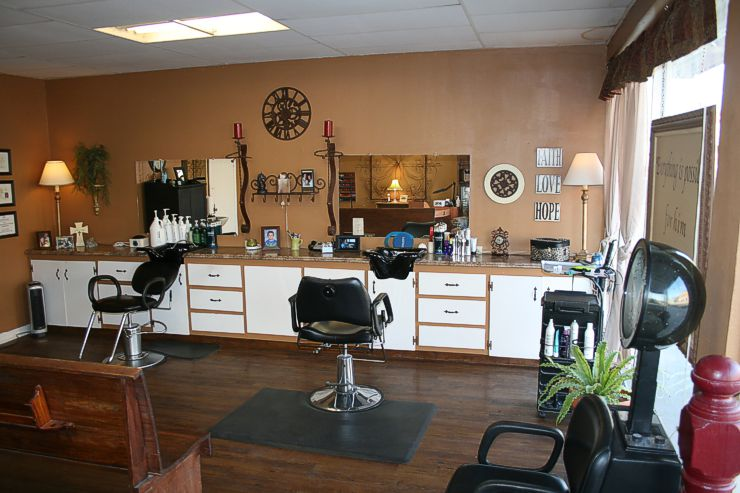 The Salon at Caprock Canyons • Full service salon serving women, men & children<br />20 years experience • 105 East Main Street, Quitaque, TX 79255 • 806-455-1305